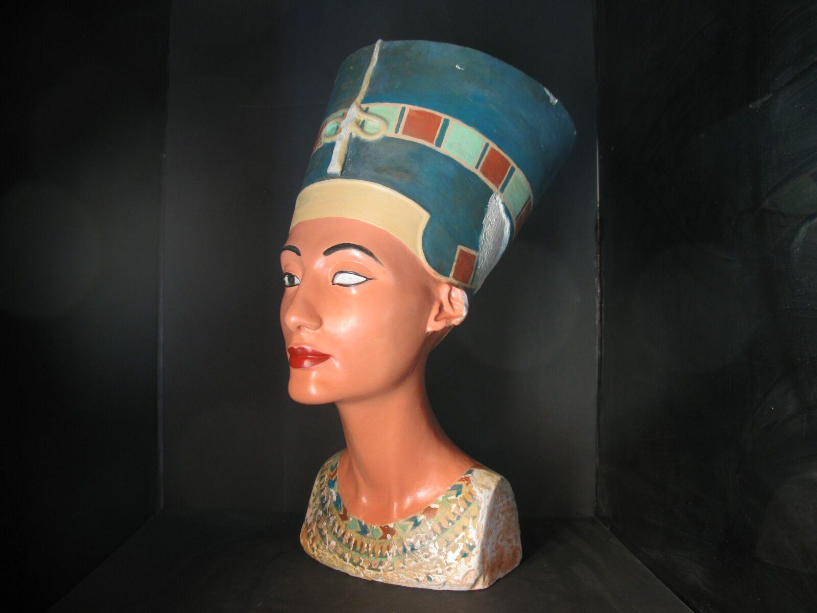 S43D Nefertiti